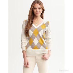 Banana Republic Merino Wool Agryle V-Neck Sweater